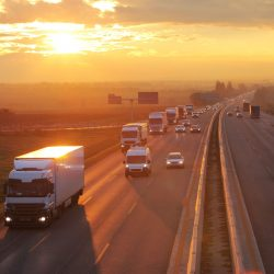 Chauffeur steeds belangrijker in efficiëntere transport en distributiesector